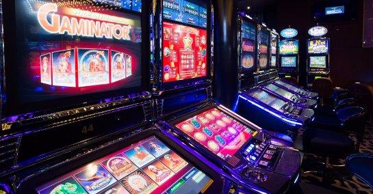 Видео-игры на настоящие деньги: риск через интернет!