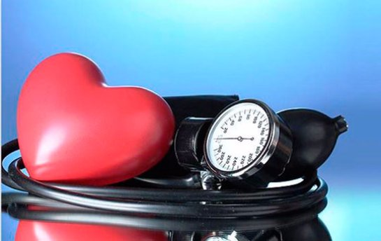Причины перепадов кровяного давления и способы борьбы с болезнью