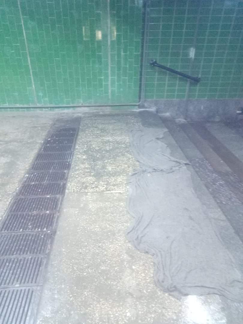 Ниагарский водопад теперь в Харькове: один из подземных переходов вот-вот обрушится (фото)