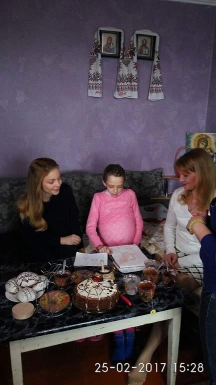 Тина Кароль исполнила мечту умирающей девочки из Житомира (фото)