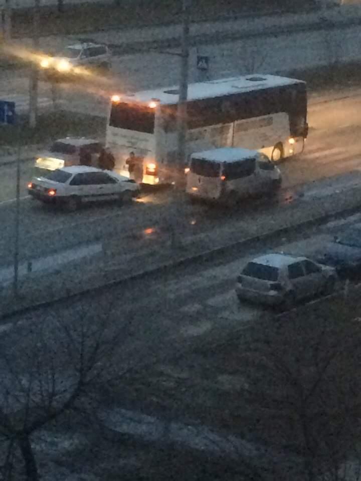 Во Львове произошло ДТП с участием пассажирского автобуса