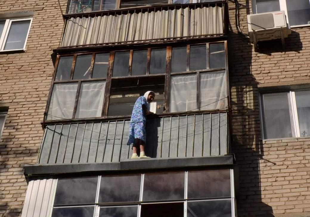 От хорошей жизни: в Мукачево пенсионерка покончила с собой, выпрыгнув с 8-го этажа
