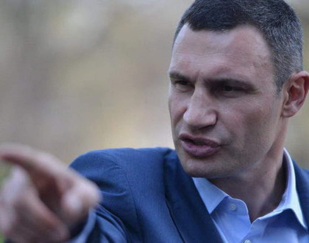 Последствия рухнувшего моста: Кличко уволил своего зама Сагайдака