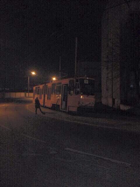 Во Львове с рельс сошел трамвай (Фото)