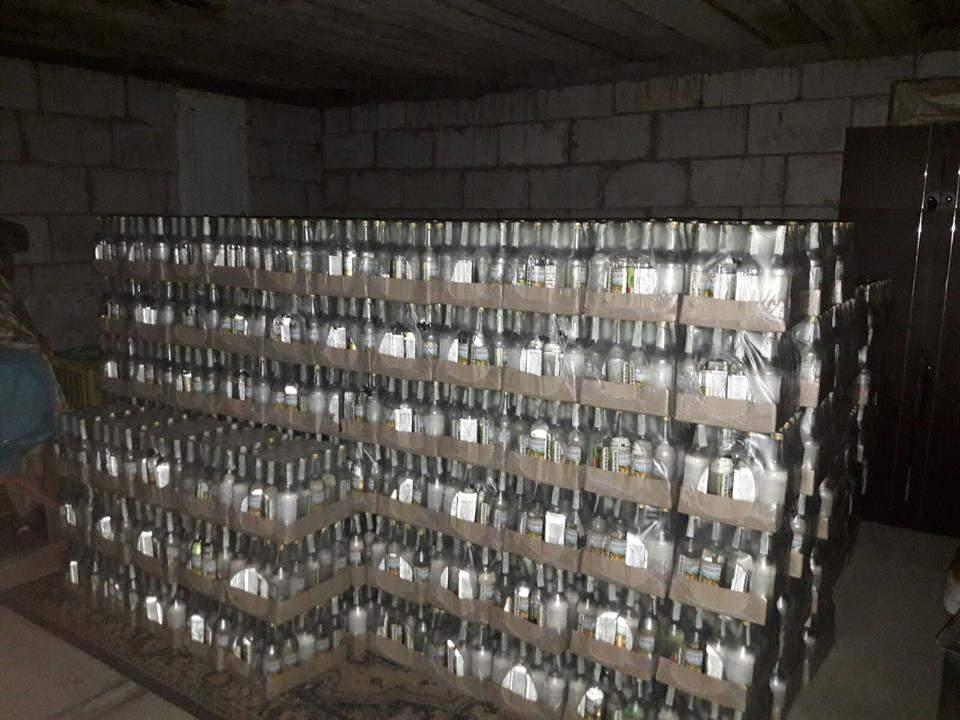 В Украине разоблачили крупную сеть производства поддельного алкоголя (Фото)