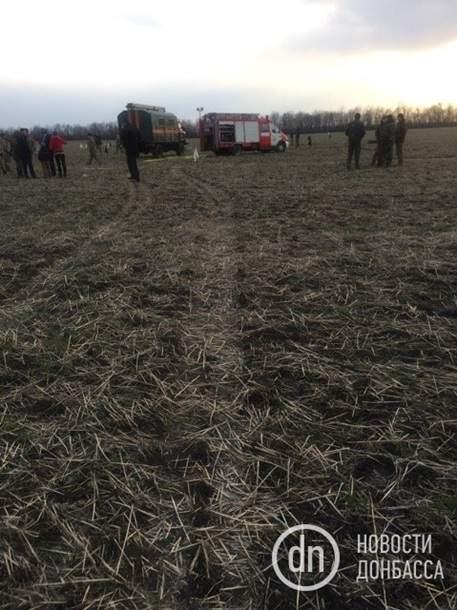 В результате крушения вертолета под Краматорском погибло 5 человек (Фото)
