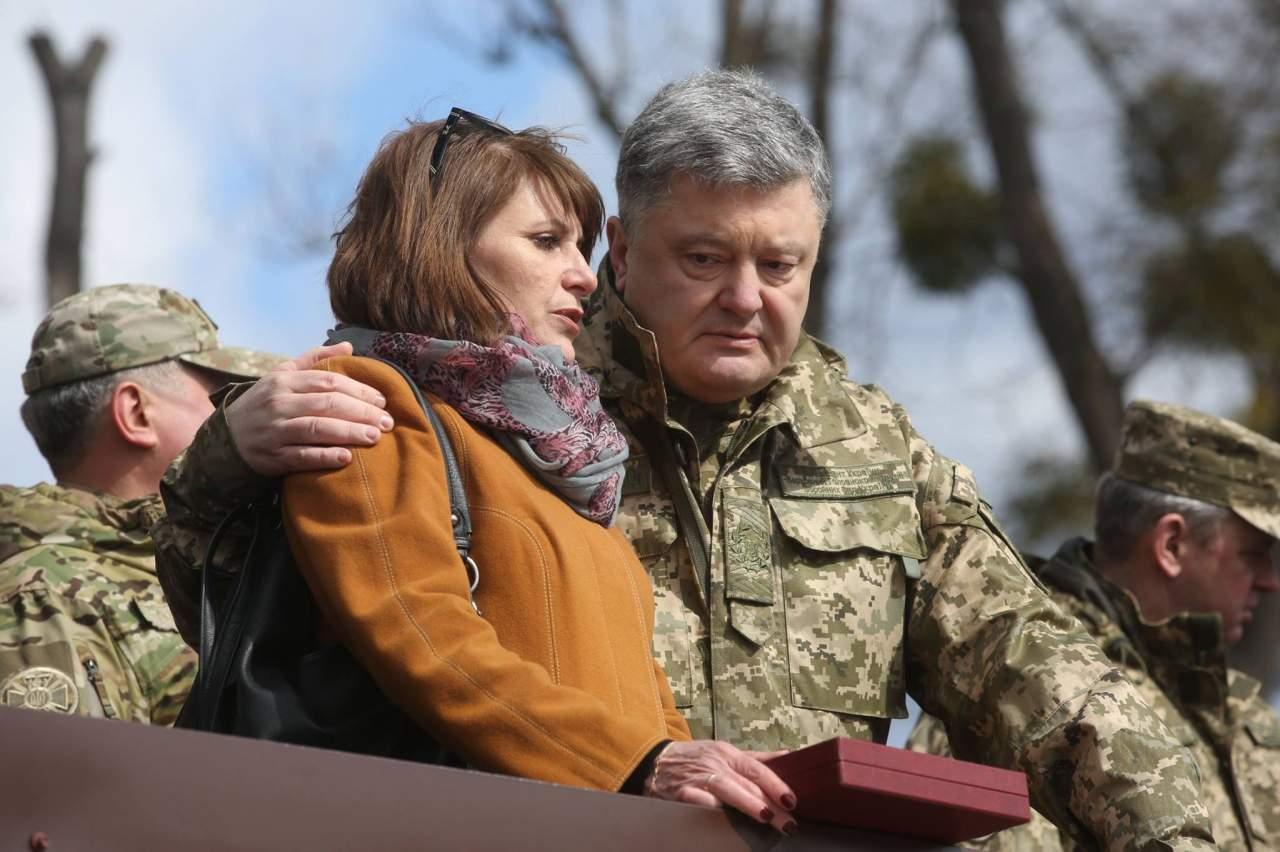 «Это очень правильно!» - Семенченко впервые похвалил Порошенко