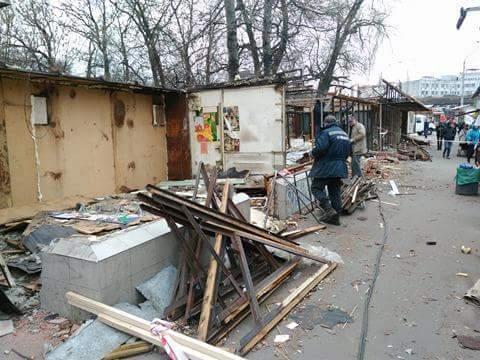 Фотофакт: в Киеве прошел очередной демонтаж МАФов