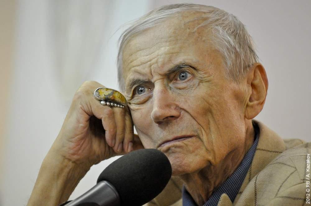В США скончался известный литератор и поэт Евгений Евтушенко