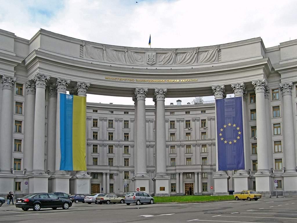 МИД Украины требует  отменить призыв на военную службу граждан, проживающих в Крыму