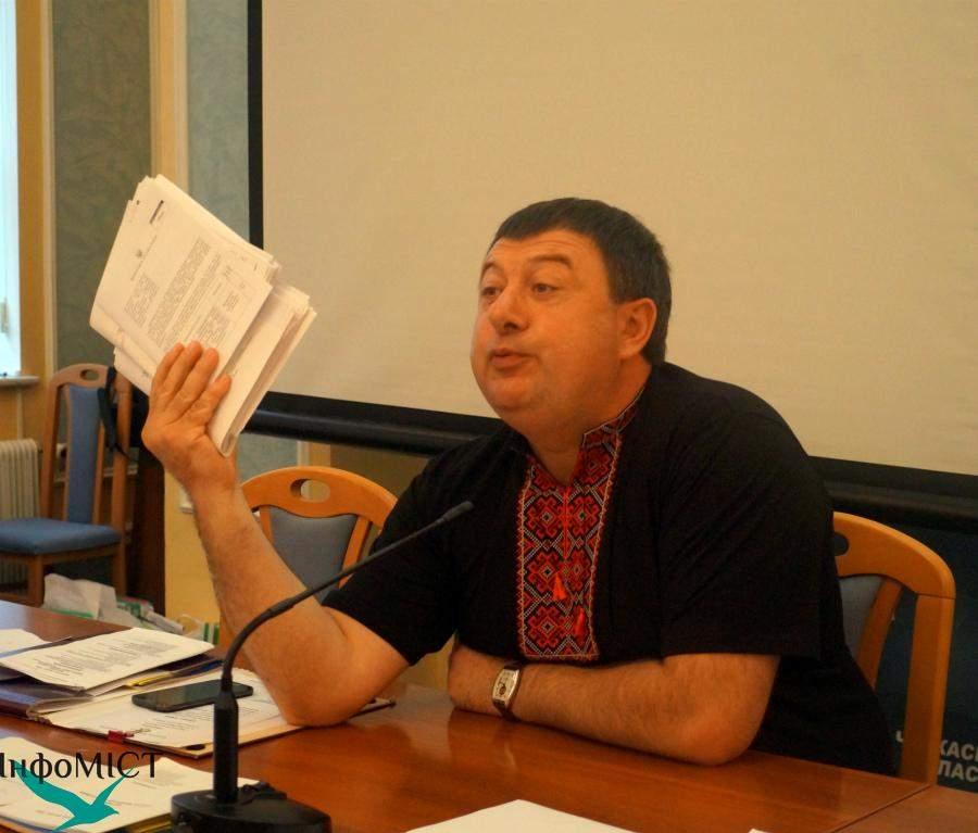 Депутат Черкасского горсовета  станцевал под песню