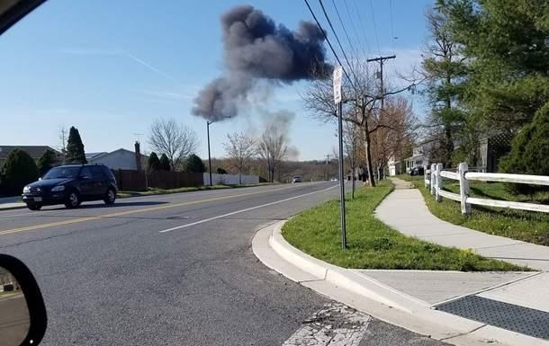 На территории восточной части США разбился военный истребитель (фото)