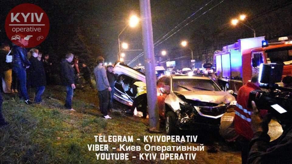 В результате мощного ДТП в столице погибла молодая девушка (Фото)