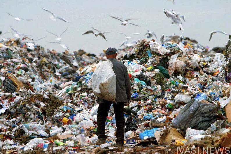 Черниговский мусорный полигон с высоты птичьего полета (Видео)