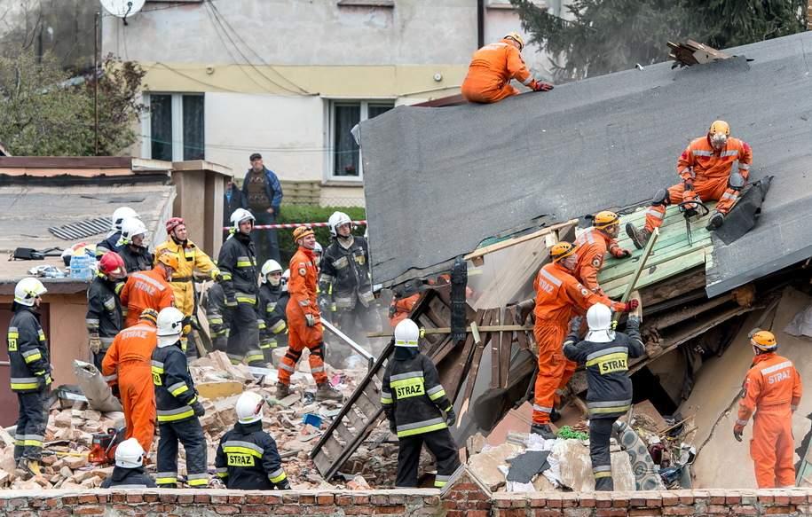 Рухнувший дом в Польше унес жизни троих человек