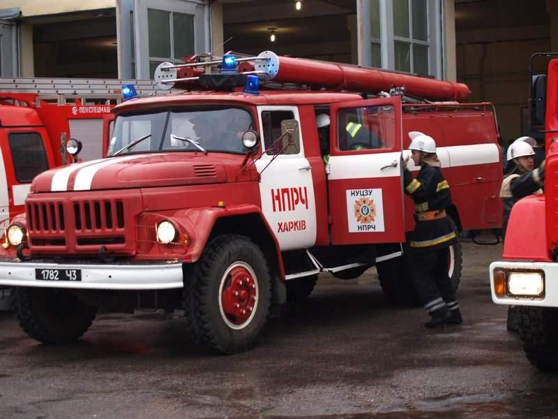 В Харькове из горящего дома вынесли 45-летнего мужчину