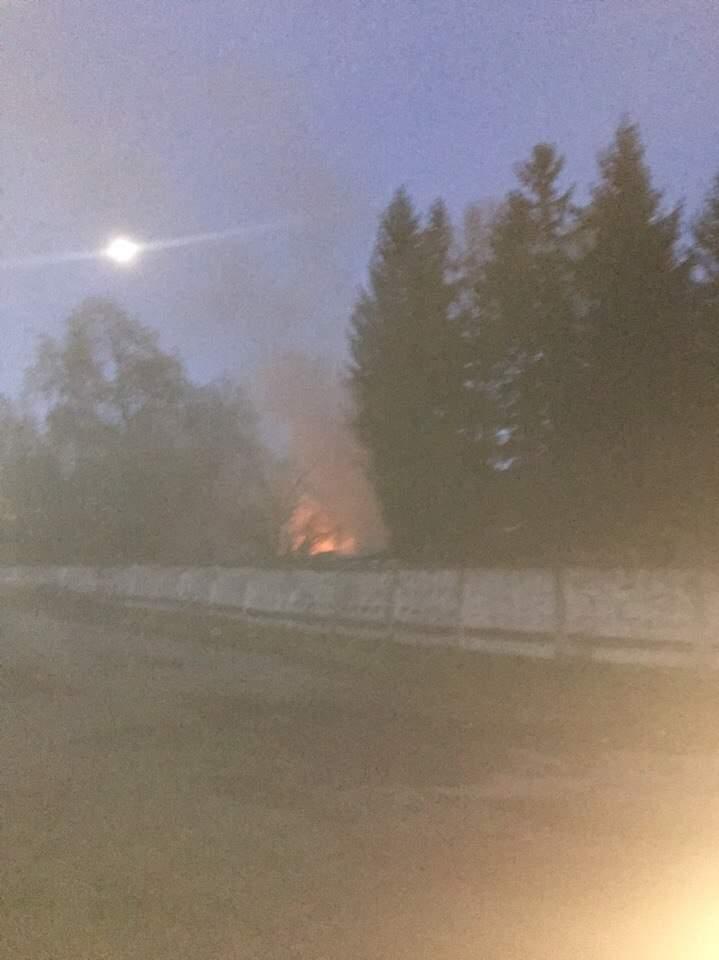 Во Львове горела заброшенная военная часть (фото)