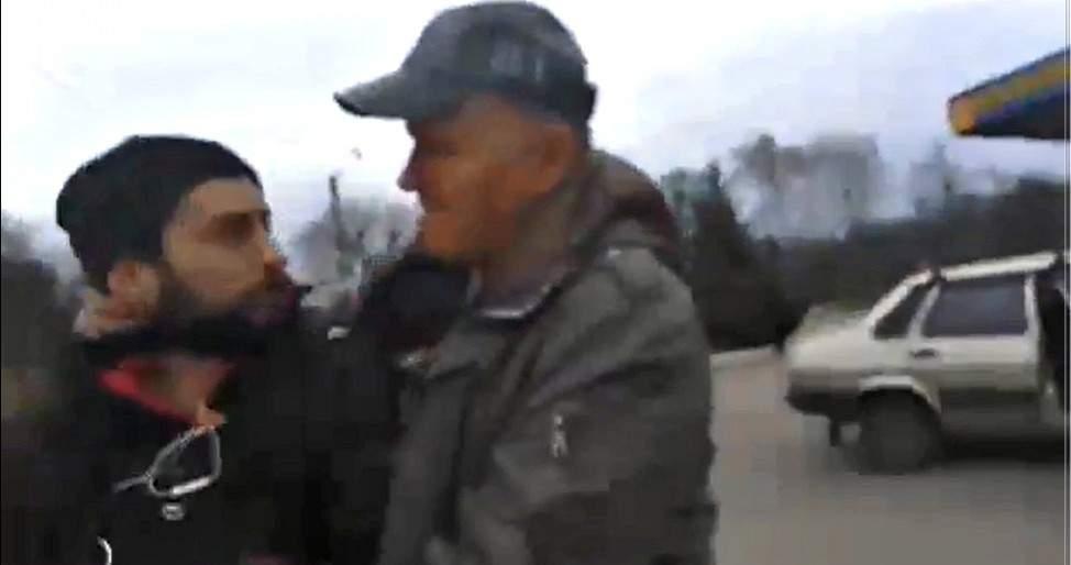 Душили и забрали отснятое: под Харьковом  съёмочная группа была избита помощником нардепа (видео)