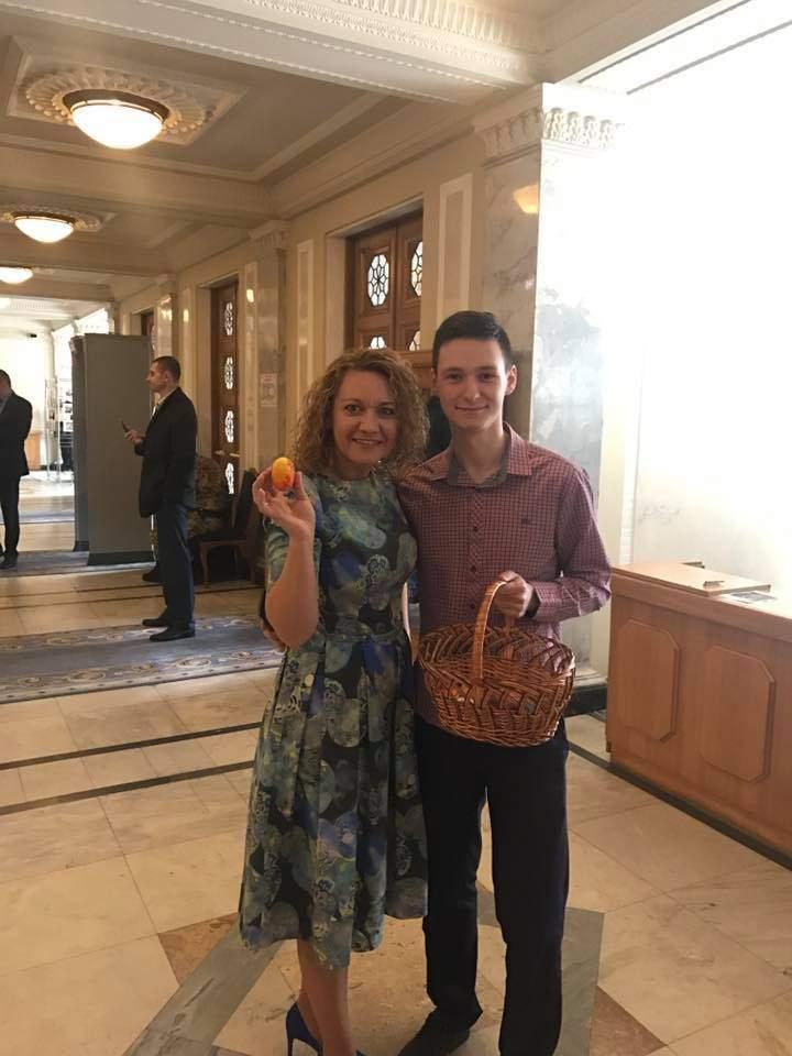 В ВР бесплатно раздали депутатам яйца (фото)