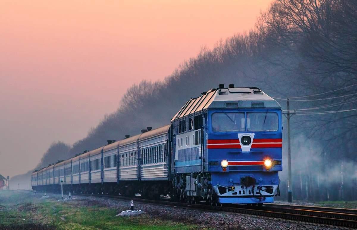 Рождение в пути: в поезде Киев-Мариуполь женщина родила девочку