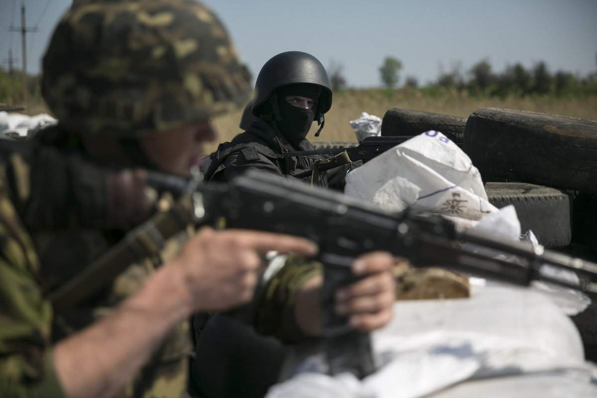 Несмотря на «режим тишины» на Донбассе продолжаются обстрелы