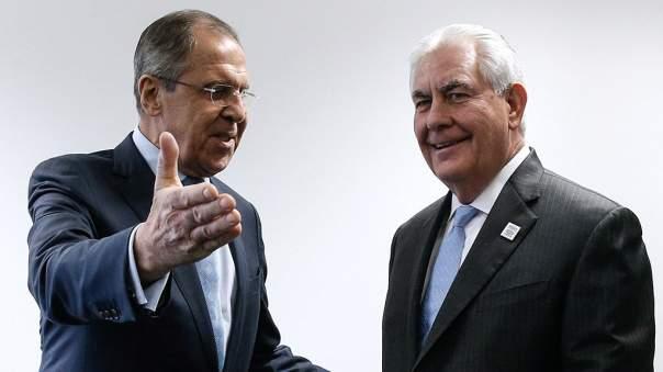 Лавров и Тиллерсон обсудили применение зарина в Сирии