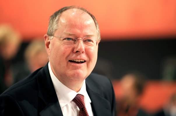 Экс-министр финансов Германии подался в комики