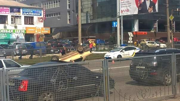 В Харькове военные попали в ДТП (Фото)