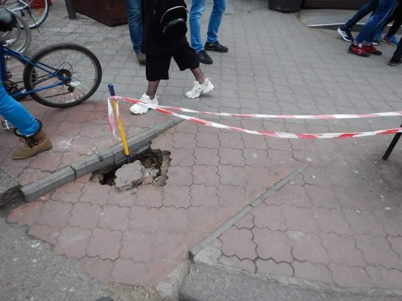 Оползневая активность и проседания грунта в Одессе набирают обороты (Фото)