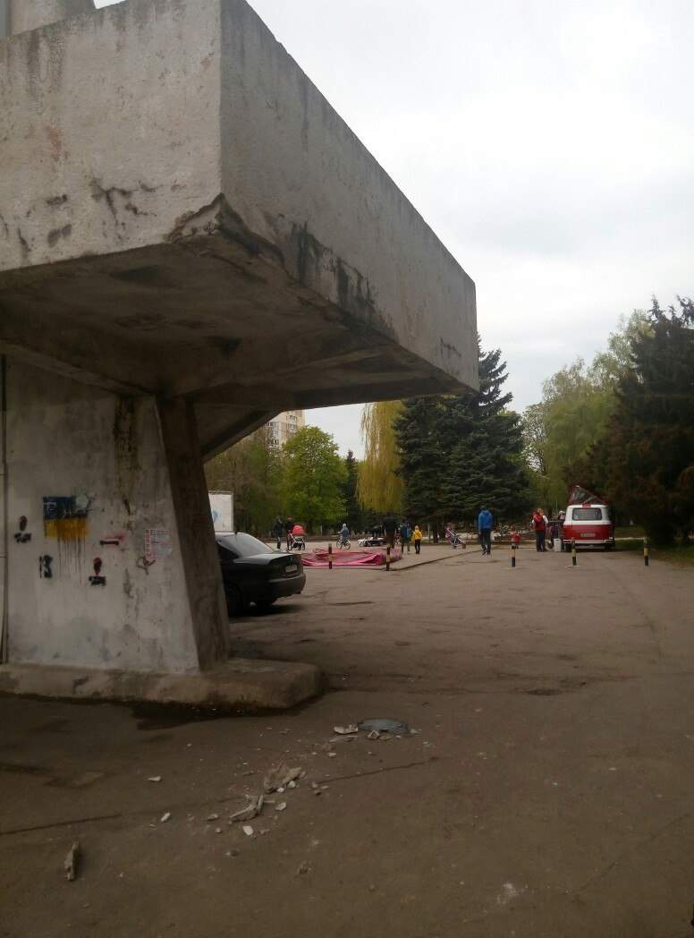 В Одессе разваливается кинотеатр (Фото)
