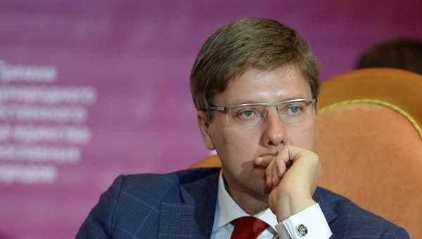 Мэра Риги оштрафовали на 50 евро за общение на русском языке со школьниками