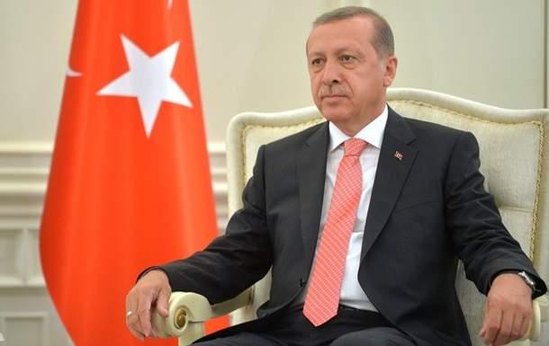 Эрдоган подал жалобу в прокуратуру Турции на немецкого комика