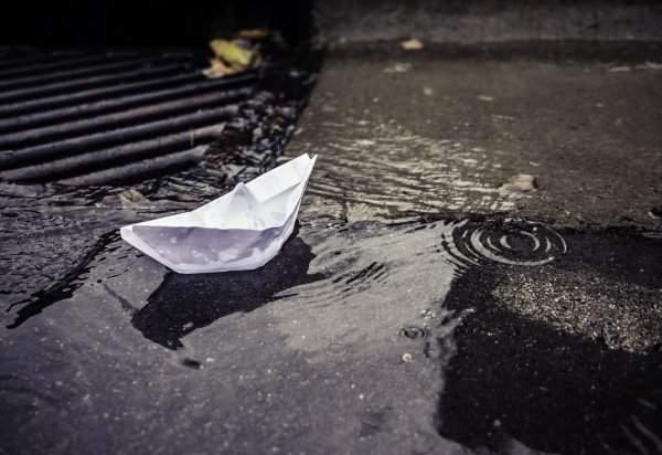 Нелепая смерть: во Владивостоке ребенок утонул в луже