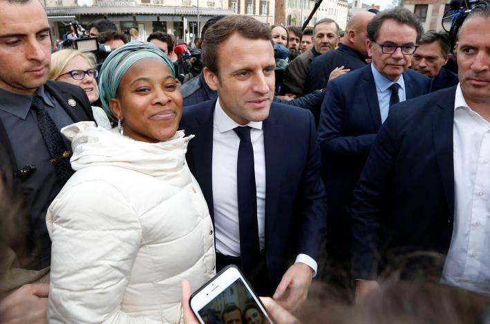 Макрон продолжает лидировать в президентских выборах во Франции