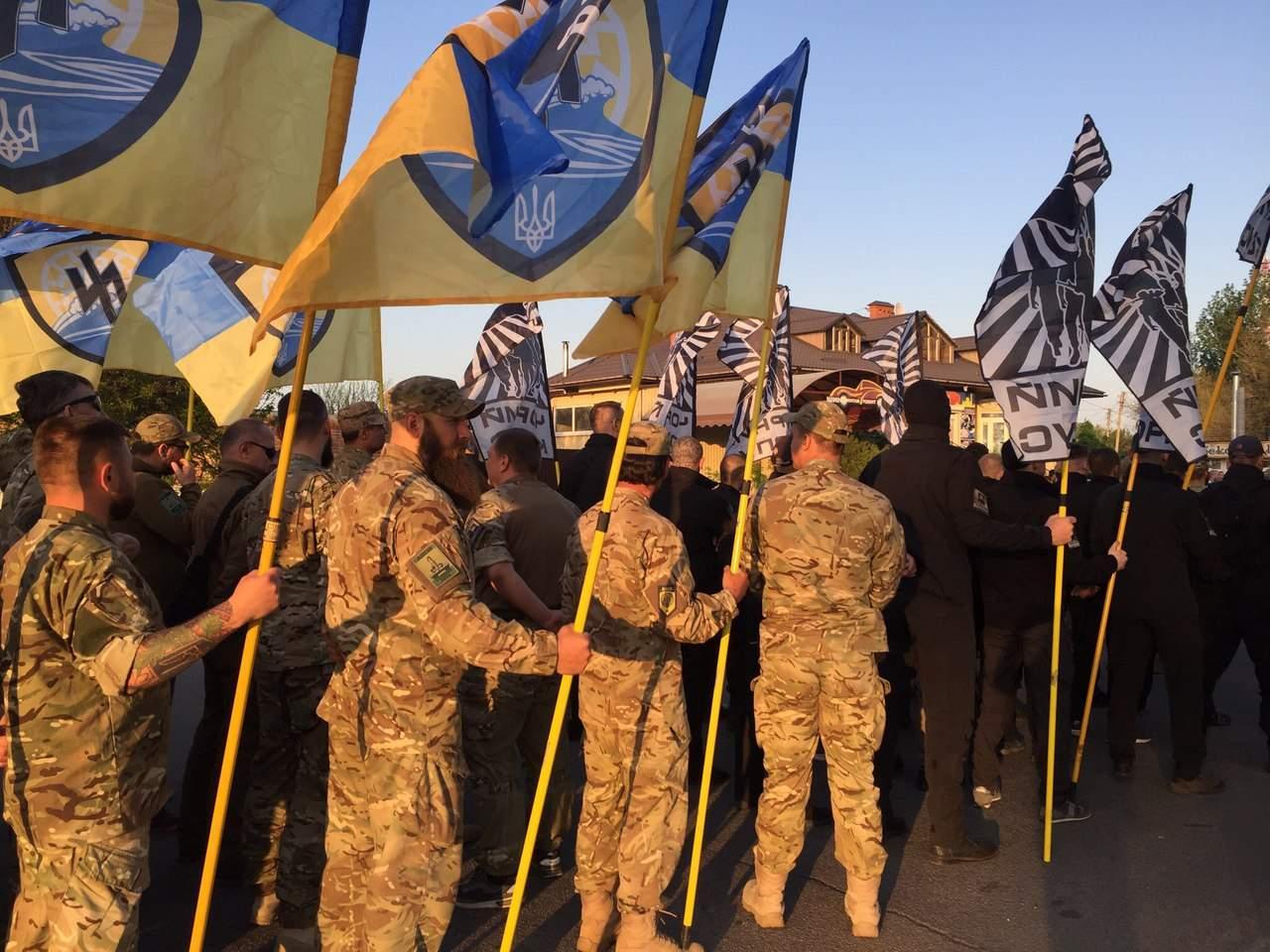 В Бердянске к третей годовщине основания полка АЗОВ прошел марш (Фото)