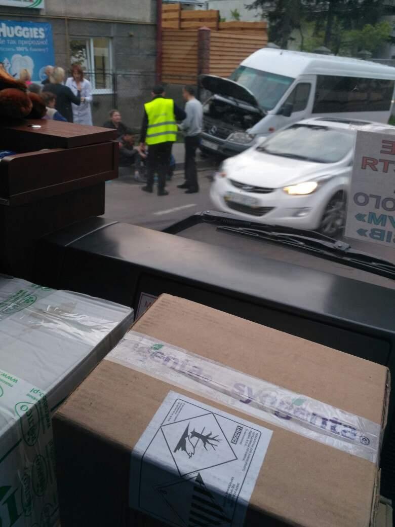 Во Львовской области автомобиль совершил наезд на человека (фото)