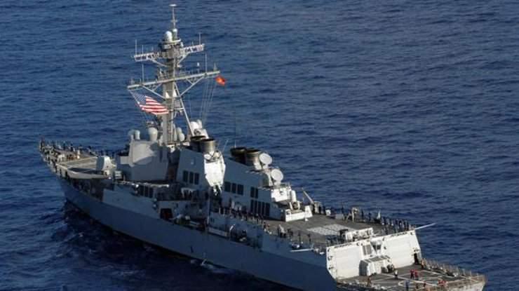 Ракетный эскадренный миноносец США вошел в Черное море для проведения операций