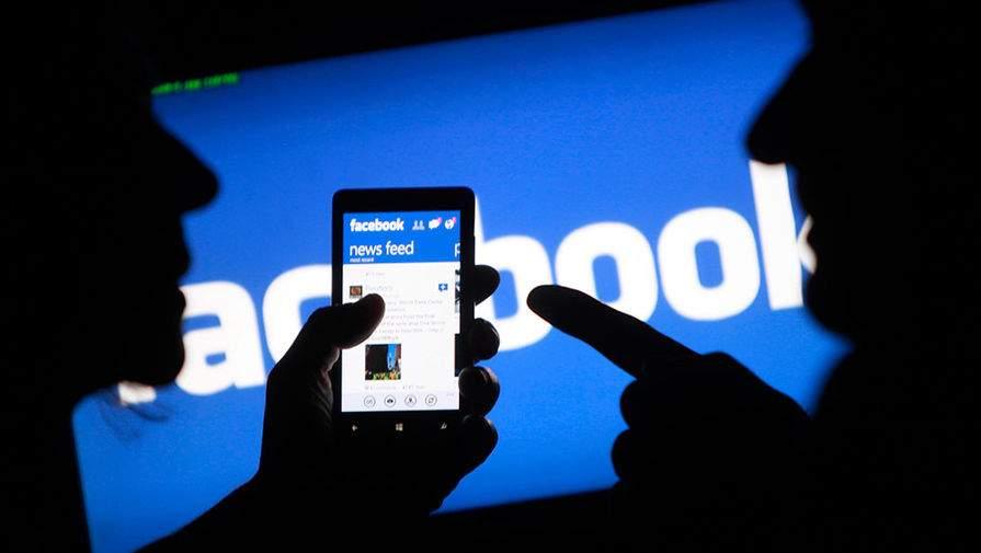 Facebook запустит два десятка собственных