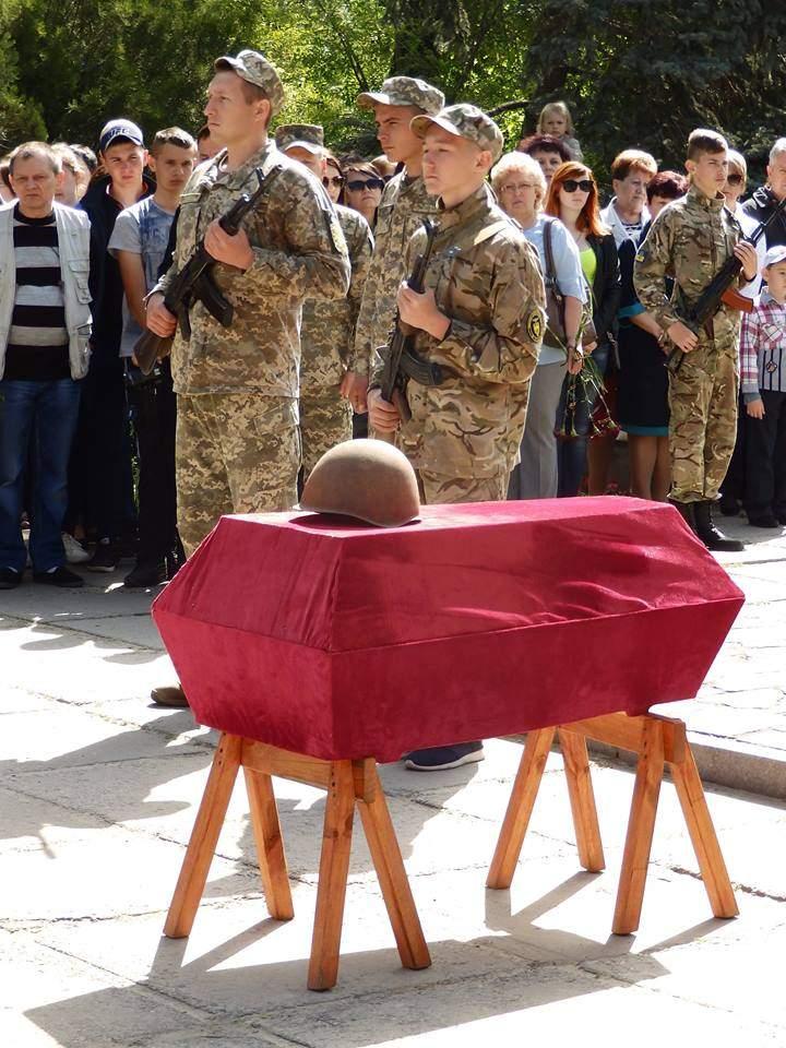 В Херсонской области состоялось перезахоронение останков девяти погибших воинов