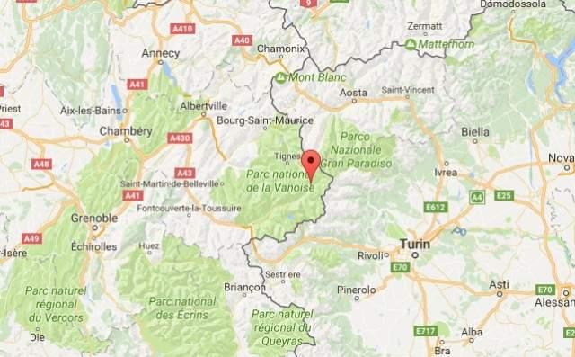 Во Французских Альпах в результате обрушения снежной лавины погибли три человека