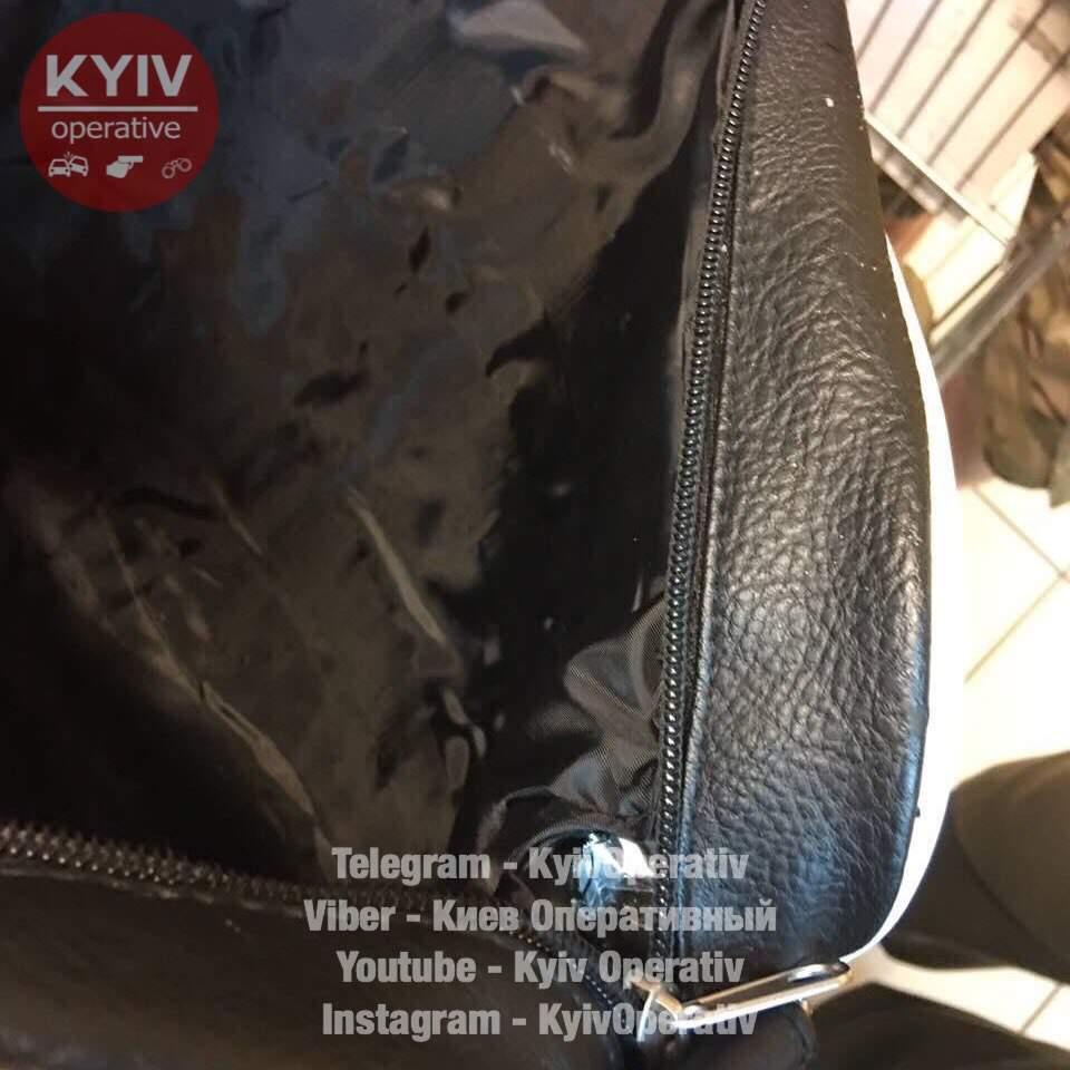 В Киеве на краже двух пар брюк погорел сотрудник МВД (фото, видео)