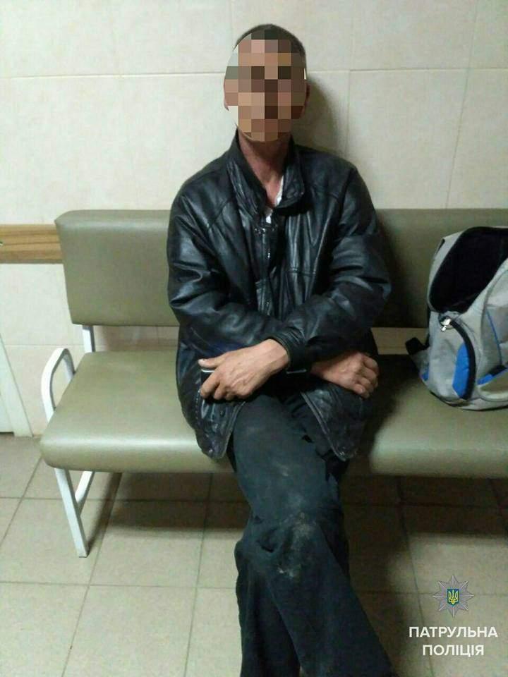 Николаевские патрульные задержали бывшего заключённого