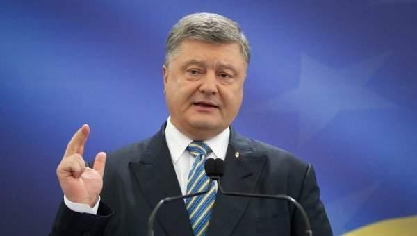 В связи с блокированием социальных сетей президентом Порошенко на него подали в суд