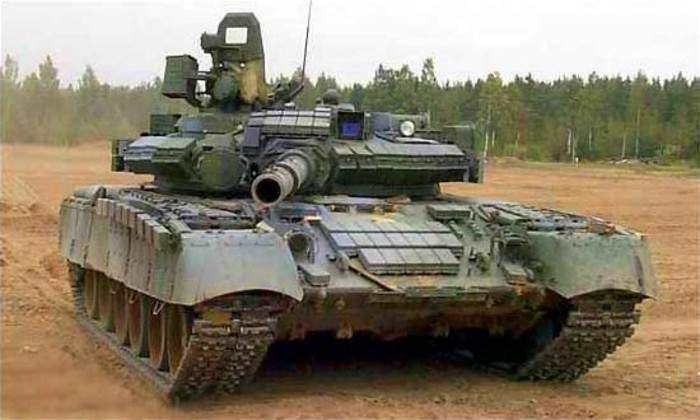 В РФ прокомментировали решение Порошенко отправить на Донбасс танки Т-80