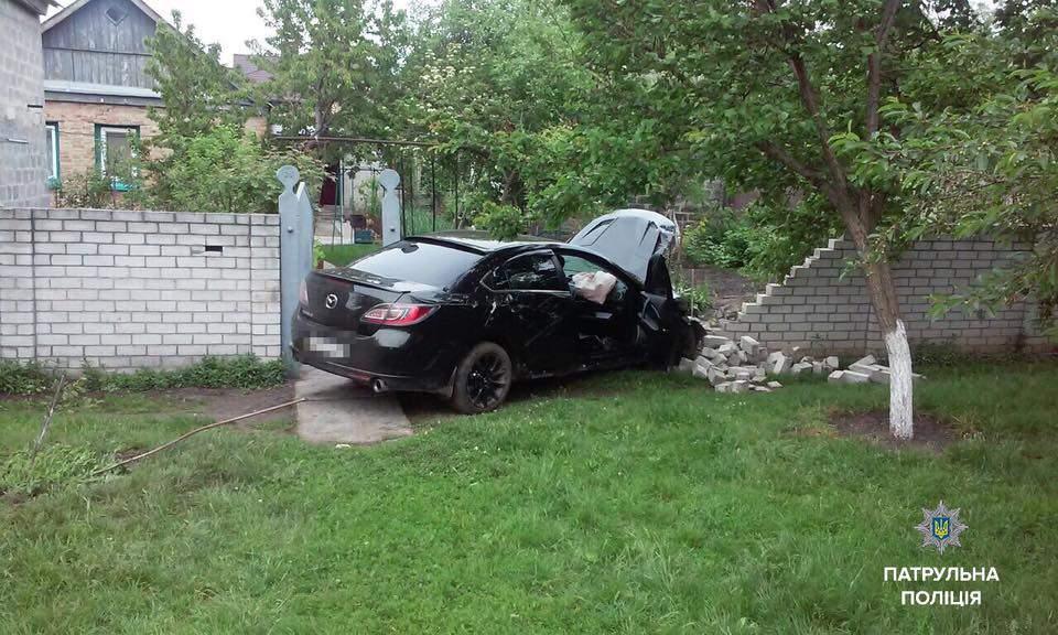 В Черкассах водитель превысил норму алкоголя в 9 раз и спровоцировал ДТП: есть пострадавшие