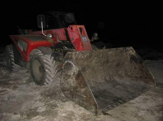 Столичная полиция задержала фуры со львовским мусором (Фото)
