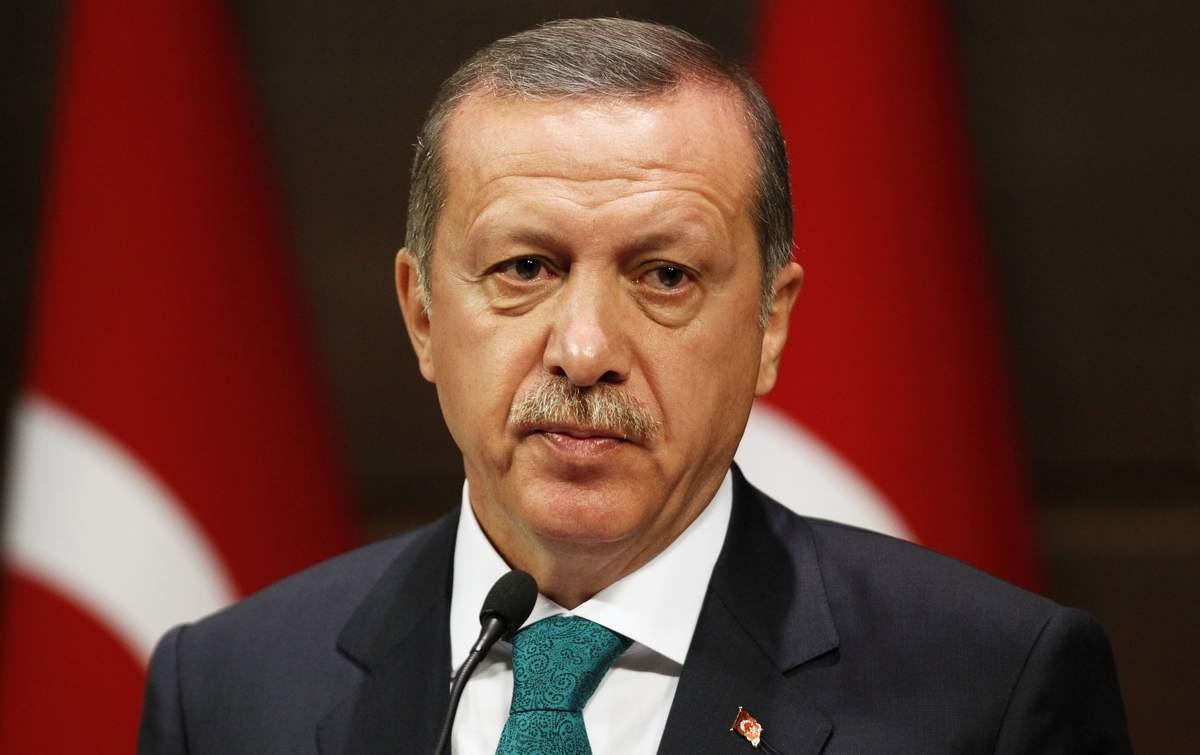 Эрдоган вновь возглавил правящую партию