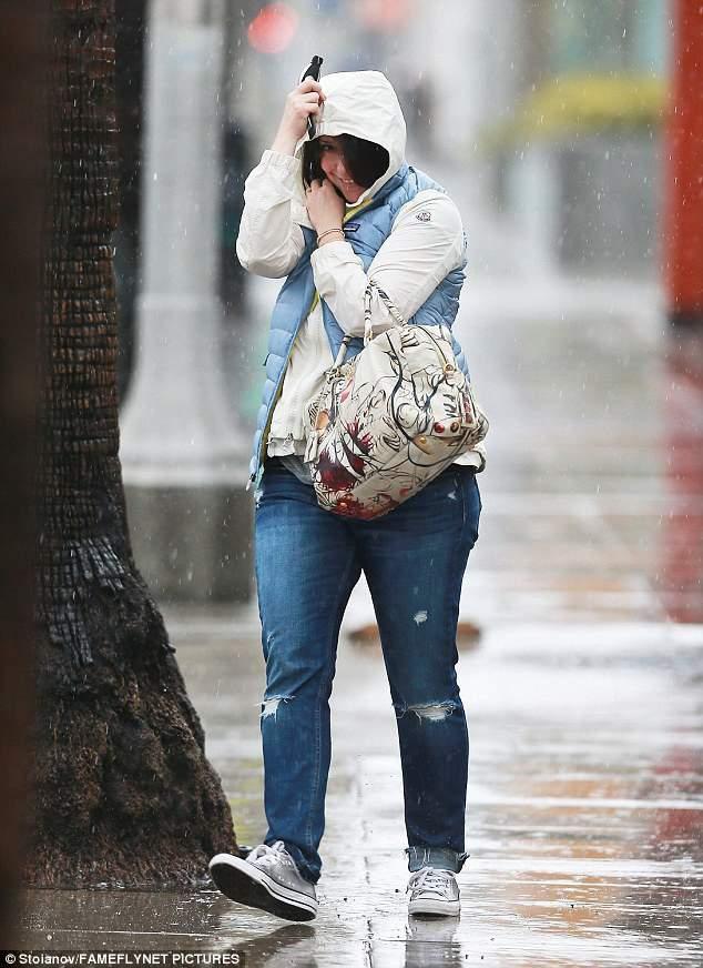 Дженнифер Лав Хьюитт поразила фанатов округлыми формами (фото)