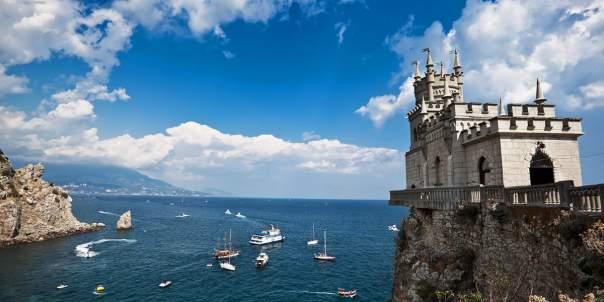 Неподконтрольный Крым впервые посетили туристы из Британии