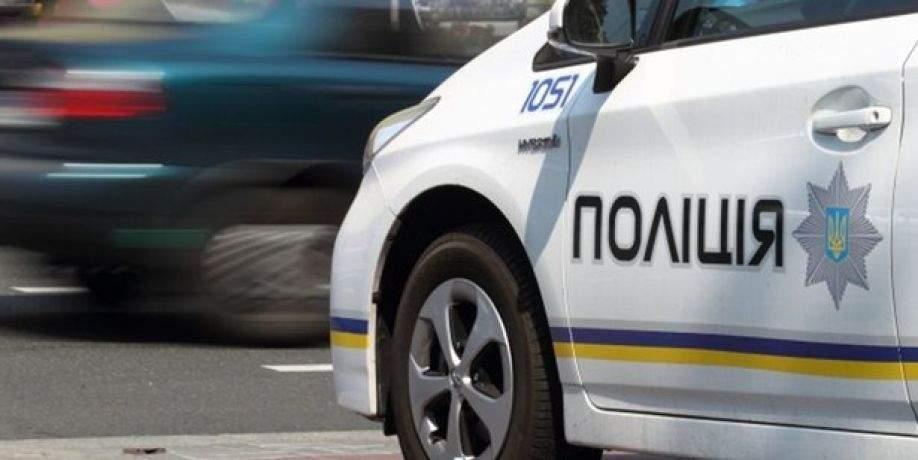 В Днепре на остановке общественного транспорта обнаружили труп мужчины
